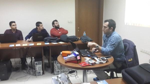 Uludağ Robot Topluluğu eğitimleri